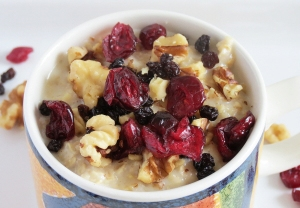oatmeal with dried fruit