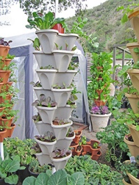 Stack able pots